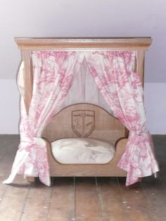 Canopy dog bed perfect for a princess! Cute Dog Beds, Puppy Beds, Diy Dog Bed, Pet Beds, Cute Dogs, Doggie Beds, Princess Puppies, Dog House Bed, Dog Hotel