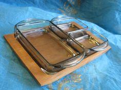 Mid Century Cabaret Menage Snack Tray – Teak + 3 Glass Bowls – Danish 1960s Design – Vintage Dansk von everglaze auf Etsy