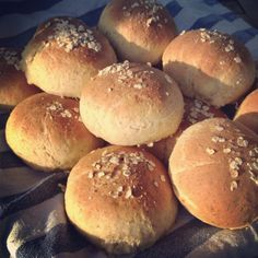 Bread Rolls, Sweet And Salty, Takana, Bakery, Food And Drink, Eat, Desserts, Historia, Breads