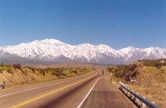 Route 7 Argentina to Chile.  Ruta 7 de Argentina a Chile.
