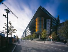 Daimler Chrysler Office and Retail 1999 · Rogers Stirk Harbour + Partners