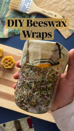 Diy Crafts To Do, Diy Projects To Try, Craft Projects, Arts And Crafts, Diy Beeswax Wrap, Crafty Craft, Crafting, Diy Art, Diy Gifts
