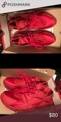 Nike huaraches run Nike huaraches run PA size US 8. 8/10 condition Nike Shoes Athletic Shoes