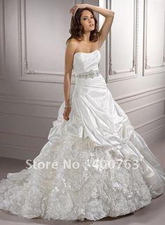 94c40df987ca 61 meilleures images du tableau ELLE Summer Wedding