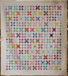 Periwinkle Confetti by Heather Watts (quilted by Nic Bridges).