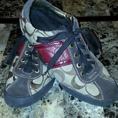 Coach shoes Hardly worn size 8, I wear a 7 and fits me.  Very fun shoes Coach Shoes