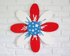 Wooden Americana Daisy Outdoor Patio Wall Hanging by VintageSignDesigns  #rustic #garden #americana