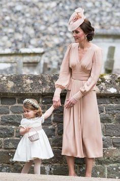 Кейт Миддлтон - настоящая модница - 13 красивых фотографий, чтобы доказать это | Lifestyle | Яндекс Дзен