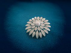 Vintage Jewelry Brooch Pin Mod White Enamel Flower by ThothVintage