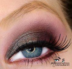MAC eyeshadows used:  Club (inner half of lid) Deep Damson (outer half of lid) Sketch (crease) Vanilla (blend)