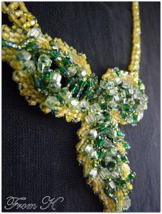 Leaf Necklace, Beaded Necklaces, Type 3, Brooch, Leaves, Facebook, Detail, Pretty, Jewelry