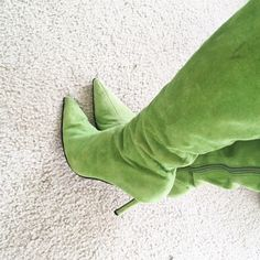 Green Suede Knee Boots These boots are used but in good condition. Ordered from VS catalogue. Pointy toe with side zipper. Fits size 6-6.5. Colin Stuart Shoes