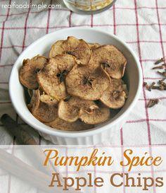 pumpkin spice apple chips | realfoodsimple.com