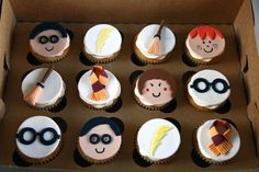 harry potter cupcakes!!!! so good.