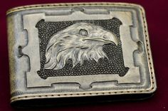 UNISEX EAGLE ENGRAVED LUXURY HAND MADE LEATHER WALLET #handmade #leather #wallet #arts #leatherandarts #engraved