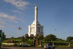 Monumento a los Heroes de la Restaurancion, Santiago, R.D.