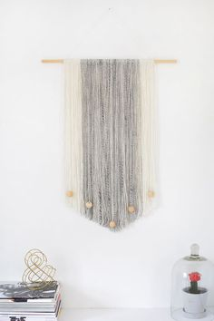 DIY | yarn wall hanging