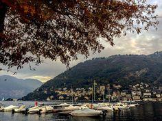 """Como lake"" #callme_blest #comolake #como #lagodicomo #lago #lake #autumn #autunno #lombardia #lombardy #leaves #autumnleaves #autumncolors #boats #mountain #photo #image #instagram #photographer #instadaily #moment #autumtree"