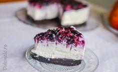 Cheesecake cu biscuiți Oreo și afine || Dulcinele Macarons, Deserts, Dessert Recipes, Food And Drink, Baking, Breakfast, Cheesecake, Pies, Sweets