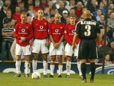 Roberto Carlos vs Manchester united