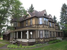 1882 Victorian Stick Style House by Historic House Colors