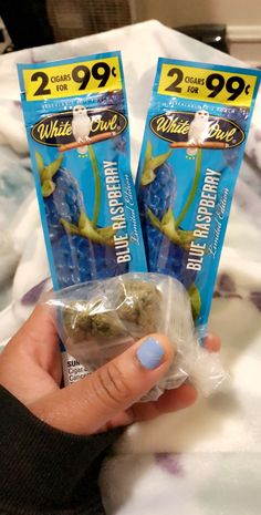 @lovepicha Weed Backgrounds, Ayyy Lmao, Stoner Room, Stoner Gifts, Smoke Out, Weed Girls, Bad Kids, Best Candy, Smoking Weed