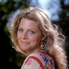 Lindsay Wagner as Jamie Sommers - The Bionic Woman I loved her!