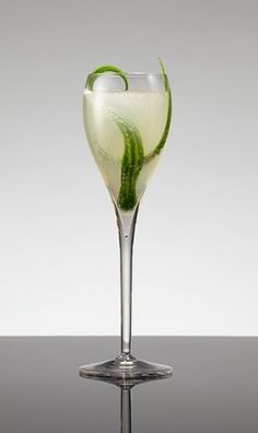 Fontaine Flower!  12.5ml Fontaine,  25ml St Germain Elderflower liqueur,  Chilled Champagne to top  Garnish with long strips of cucumber. Pour first 2 ingredients into the base of a chilled flute, add Champagne and stir, and garnish with 2 thin slices of cucumber. #absinthe #cocktails #drinks