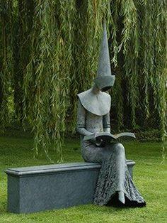 Sculpture reading book