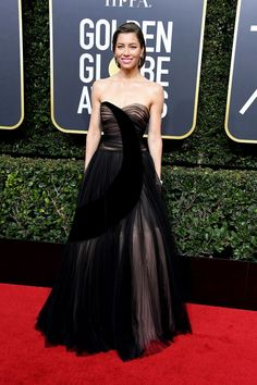 Jessica Biel arrives at the Annual Golden Globe Awards at The Beverly Hilton Hotel on January 7 2018 in Beverly Hills California Jessica Biel, Kendall Jenner, Beverly Hills, Golden Globe Award Winners, Haute Couture Gowns, The Blonde Salad, Red Carpet Looks, Red Carpet Dresses, Golden Globes