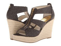 3667b6fbd279 MK Wedges. Denise Aguilar · Shoes shoes n more shoes · Mk wedge ♥ Michael  Kors Wedges