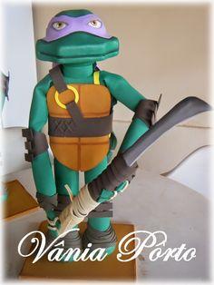 Tartarugas Ninja (TMNT) EVA 3D com 50 cm. Donatello e sua Naginata.
