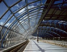 """Waterloo International Terminal was """"made to fit the cleaning machine"""" says Nicholas Grimshaw Building Systems, Building Structure, Glass Structure, Waterloo Station, Chief Architect, Eden Project, Interesting Buildings, Geodesic Dome, Movement Architecture"""
