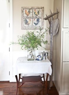 8 Budget-friendly Ways to add Farmhouse French to Your House - Cedar Hill Farmhouse