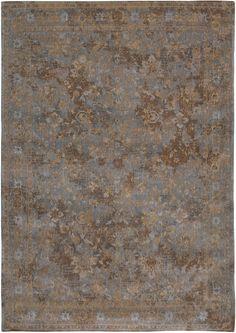8942 Grey Beige - Fading World Agra Sur #rug #carpet #flatdown #flatweave #chenille #jacquard #woven #handfinished #flooring #madeinbelgium #madmen #louisdepoortere #fadingworld #erased #medallion #vintage