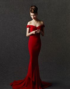red off shoulder mermaid dress