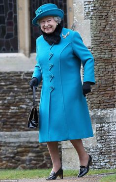 Queen Elizabeth II smiles as she leaves St Mary Magdalene Church after attending the traditional Christmas Day church service on December Die Queen, Hm The Queen, Royal Queen, Her Majesty The Queen, Save The Queen, Queen Fashion, Royal Fashion, Hollywood Fashion, Vogue