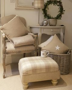 Cosy Lounge, Love Your Home, Cottage Interiors, Cozy Room, White Rooms, Living Room Inspiration, Room Set, Home Interior Design, Living Room Designs