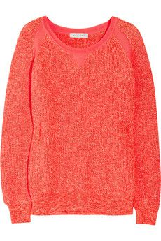 Comfy and cute coral sweater. Maybe I can wear this in spring too...hmm..