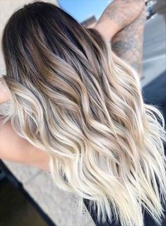 Balayage and ombre hair. Hair Color Ideas & Trends for Hairstyles hair ideas. Balayage and ombre hair. Hair Color Ideas & Trends for Stylish and attractive. Cabelo Ombre Hair, Balayage Hair Ombre, Long Ombre Hair, Brown To Blonde Balayage, How To Ombre Your Hair, Balayage Hair Brunette With Blonde, Hair Bayalage, Balayage Color, Natural Ombre Hair
