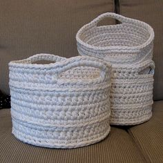 Ravelry: Chunky Crocheted Basket pattern by Elizabeth Trantham (these made with recycled yarn from sweaters)