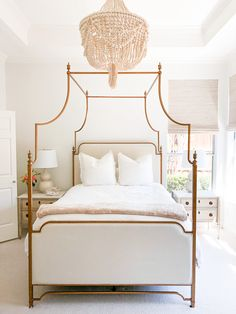 Red Rooms: 60 decorating projects to inspire - Home Fashion Trend Master Bedroom Design, Bedroom Inspo, Home Decor Bedroom, French Master Bedroom, Bedroom Ideas, Closet Bedroom, Dream Bedroom, Parisian Bedroom, Boudoir