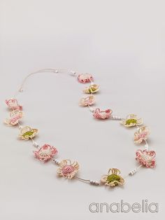 Crochet soft colors flowers necklace by Anabelia