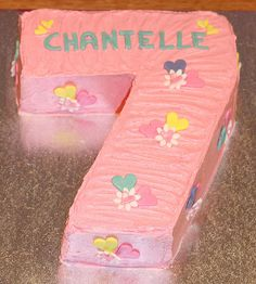 Kat's Cakes: Chantelle's Number 7 Cake