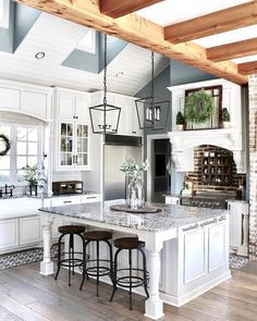 You will incline toward a traditional country kitchen having an aga and flagstone floor and real wood units. Read Amazing Modern Farmhouse Kitchen Design Ideas To Renew Your Home French Country Kitchens, Country Farmhouse Decor, Modern Farmhouse Kitchens, Farmhouse Style Kitchen, Home Decor Kitchen, Rustic Kitchen, Kitchen Ideas, Kitchen Layout, Kitchen Inspiration