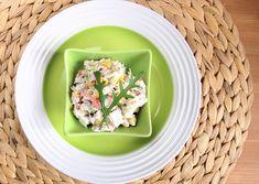 Salát s krabími tyčinkami | Jíme rádi