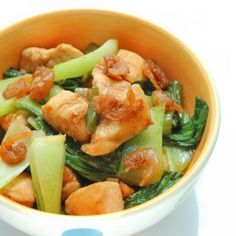 Stir fried shrimp paste with chicken and bok choy