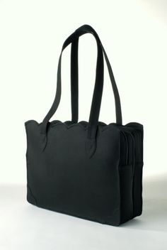 Lady Lindy laptop bag in black - nice for fall.