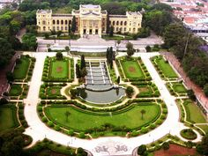Ipiranga  (Sao Paolo) was built in 1895 to preserve 400 years of Brazilian history and houses old maps, photographs, paintings, and furniture. It is located inside an impressive Neo-Classical palace with European-style gardens.