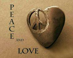 PEACE & LOVE ⊱ॐ⊰